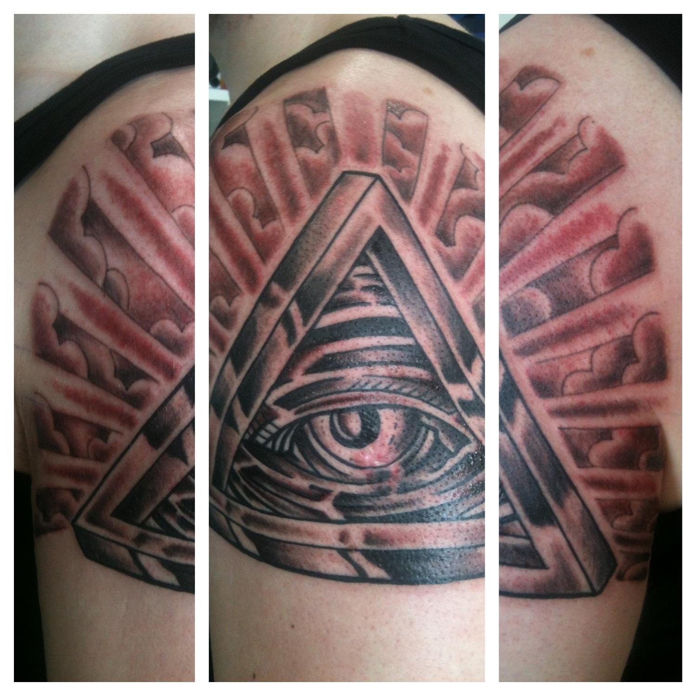 Irish St Tattoo: Irish Street Tattoo All Seeing Eye.