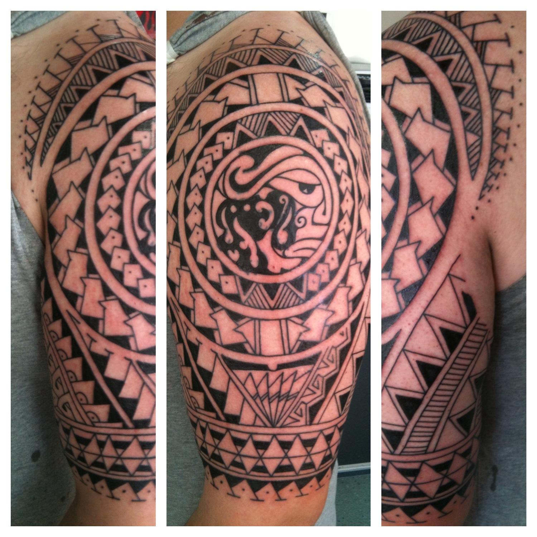 Maori irish st tattoo page 11 for Polynesian tattoos sleeves