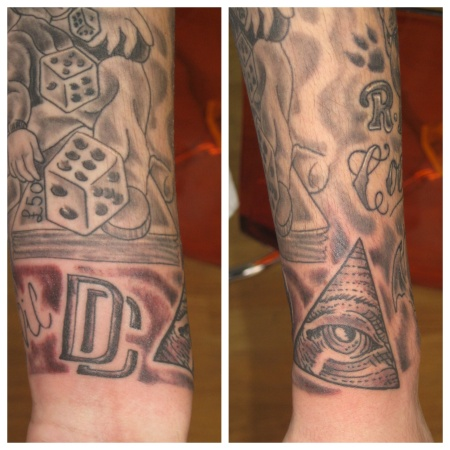 U.S dollar eye of finish off sleeve.